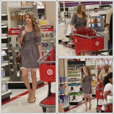 Taylor Swift Posters Target on Beverly Hills Pour Ensuite Aller Faire Ses Courses Dans Target